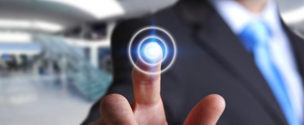 Homme d'affaires touchant le bouton de l'écran tactile moderne
