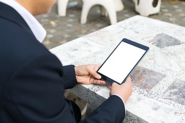 Homme affaires, utilisation tablette