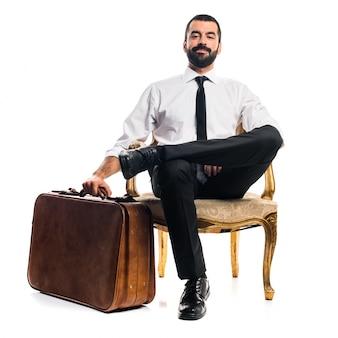 Homme d'affaires avec une valise