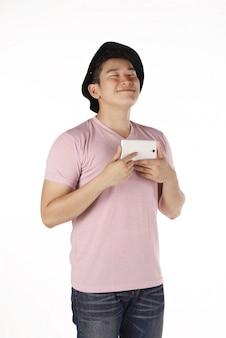 Homme asiatique faisant selfie