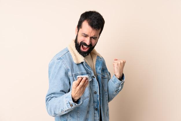 Homme caucasien, à, barbe, isolé