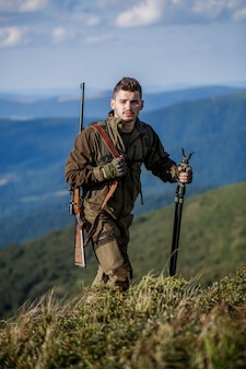 Homme chasseur