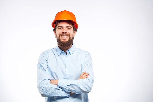 Homme émotionnel profession professionnelle de travail geste de la main de studio. photo de haute qualité