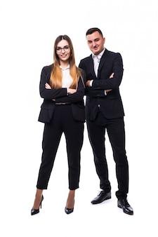 Homme et femme en suite noire sur blanc concept de bonne affaire