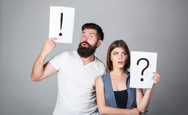 Homme pensif et une femme réfléchie