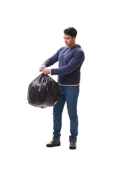 Homme avec sac poubelle isolé