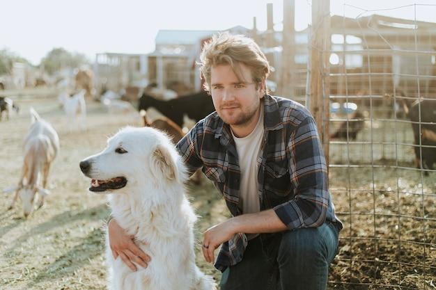 Un homme et son chien, le sanctuaire de soledad