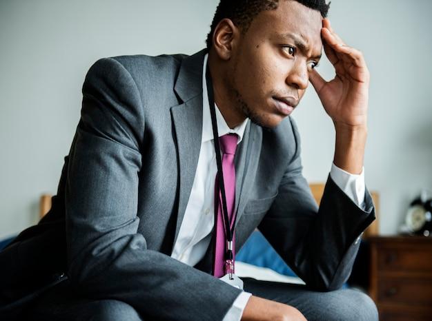 Un homme stressant