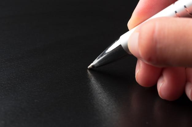 Homme, tenue, stylo, fin, haut
