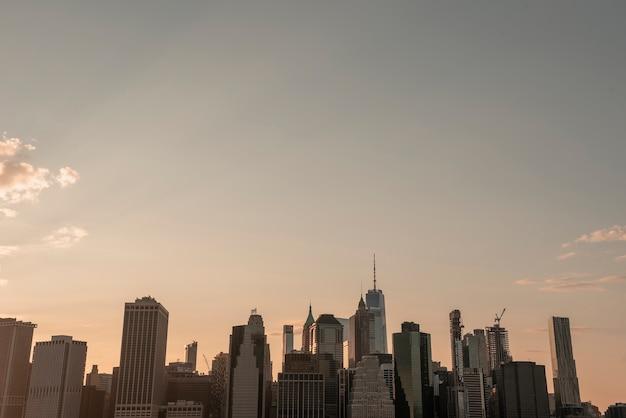 Horizon de la ville de new york avec un wtc