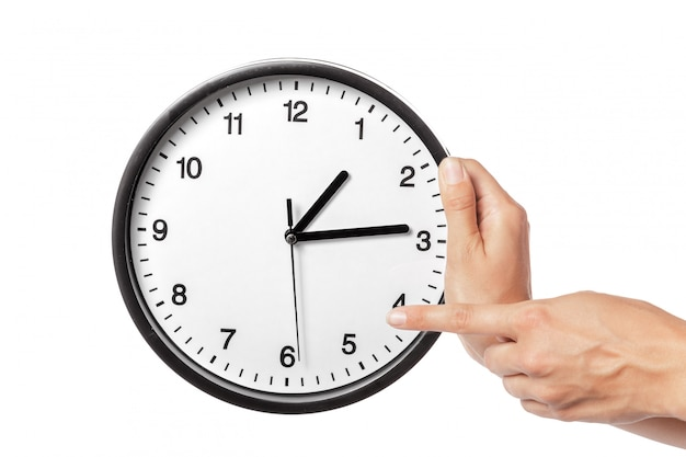 Horloge en mains isolé sur blanc