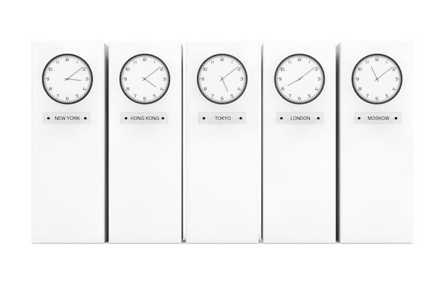 Horloges de fuseau horaire affichant différentes heures devant les colonnes
