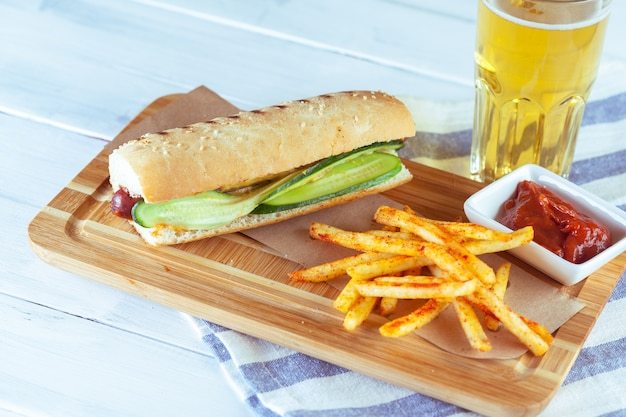 Hot dog avec pomme de terre