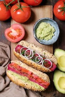 Hot dogs végétariens