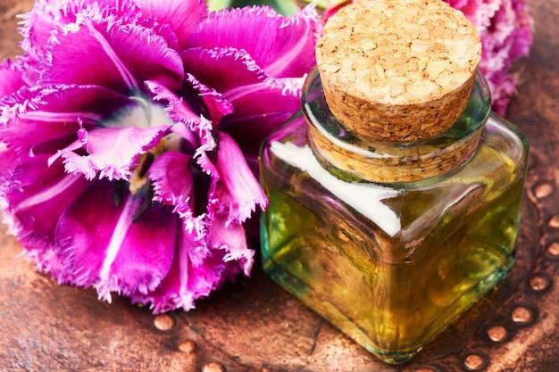 Huile essentielle aromatique