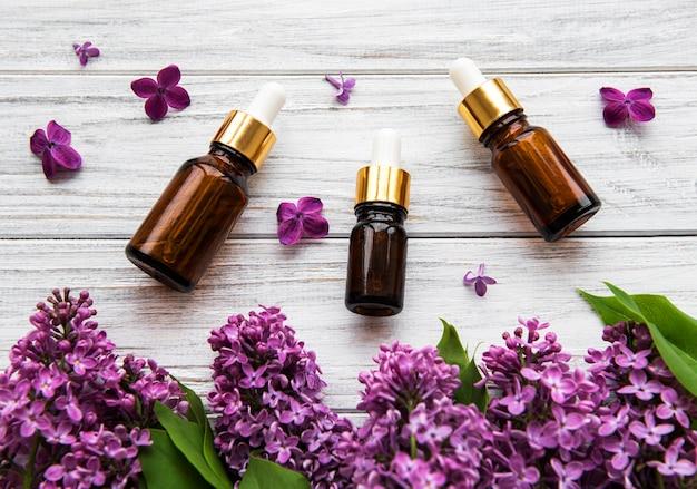 Huile essentielle aux fleurs de lilas
