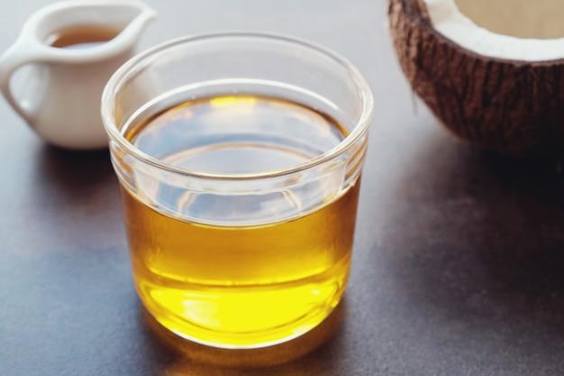 Huile mct, huile saine de noix de coco