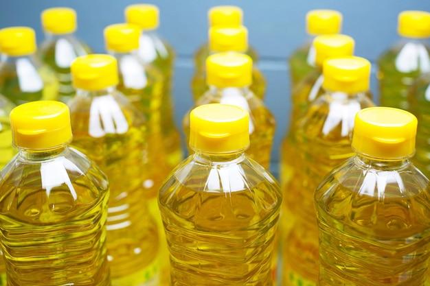 L'huile de palme est dans un supermarché.
