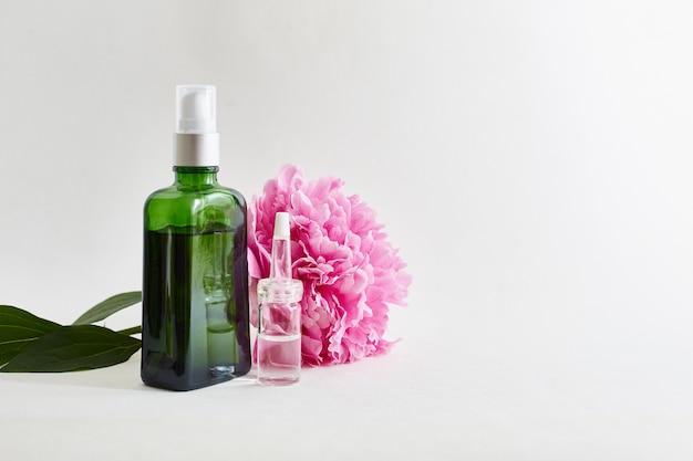 Huiles corporelles aromatiques, fleurs.