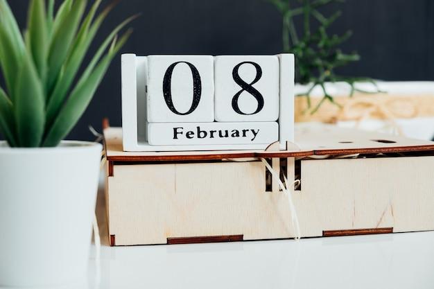Huitième jour du calendrier du mois d'hiver février.