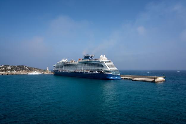 Ibiza eivissa vue du port de la mer