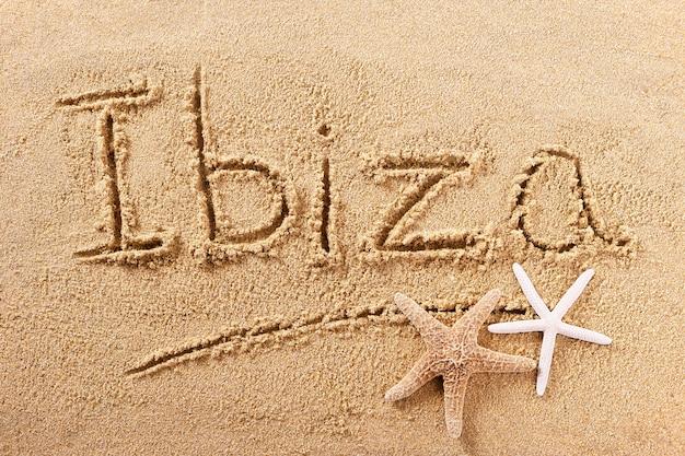 Ibiza espagne plage sable signe