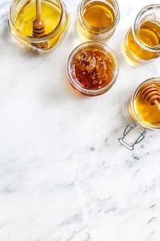 Idée de recette de photographie alimentaire au miel bio