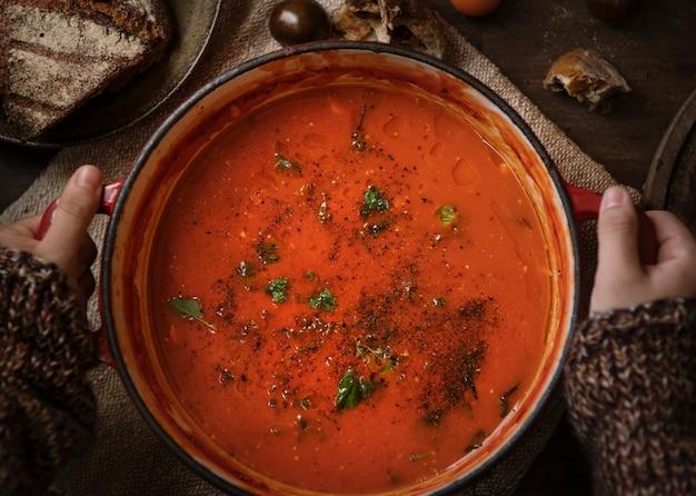Idée de recette de photographie culinaire sauce tomate