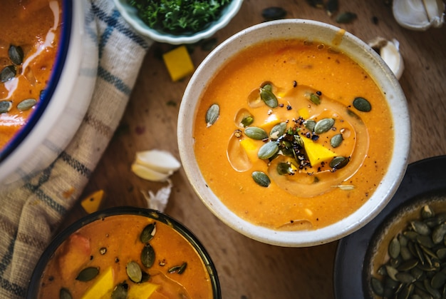 Idée de recette de photographie culinaire soupe de potiron