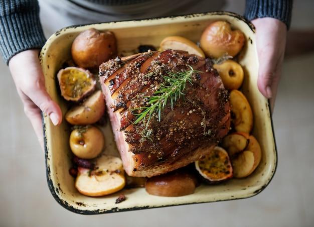 Idée de recette photographie de jambon cuit au four