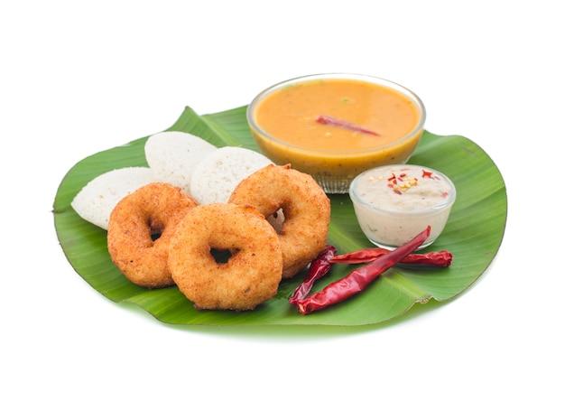 Idli vada cuisine indienne du sud