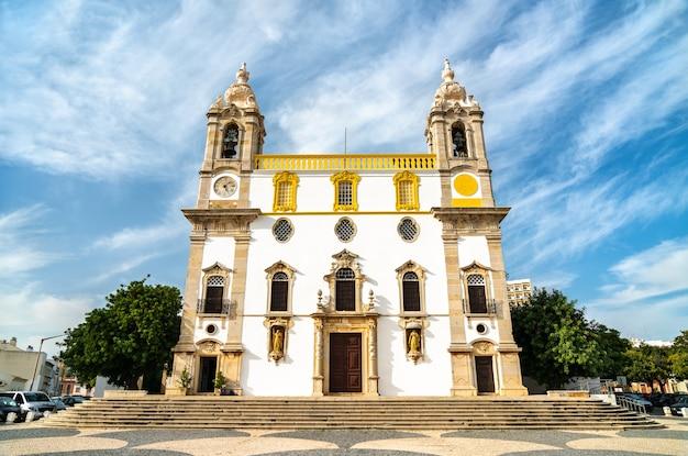Igreja do carmo, une église à faro, portugal