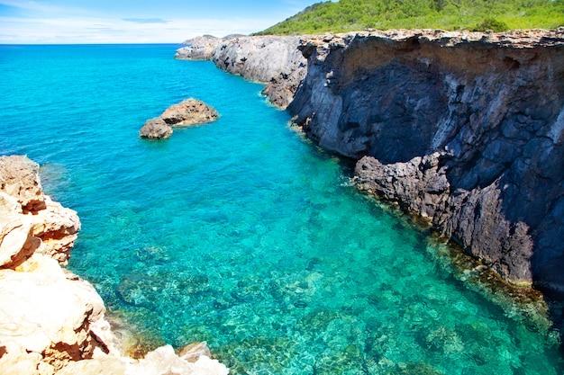 Île d ibiza canal d en marti pou plage de lleo