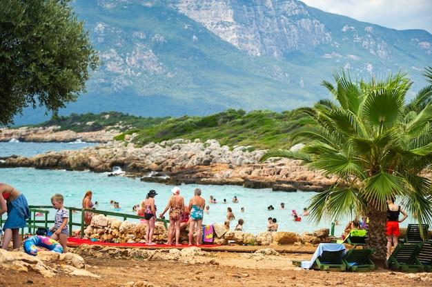 L'île de sedir, mugla, turquie, le 22 juin 2018..les touristes à la célèbre plage de cléopâtre sur l'île de la baie de gokova