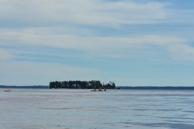Île sur la volga