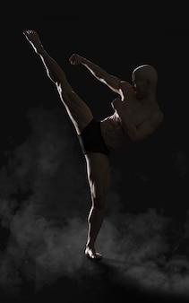 Illustration 3d humaine montrant kung-fu portrait d'un beau guerrier antique musclé avec un tracé de détourage