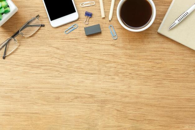 Image aérienne de table vue stationnaire sur le bureau