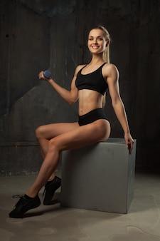 Image d'athlète jeune musculaire