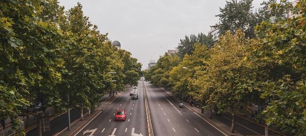 Une image d'une autoroute à xi'an, chine