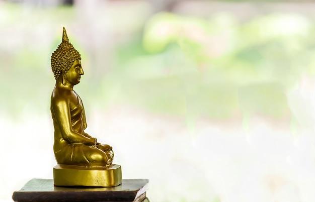Image de bouddha de statue de bouddha utilisée comme amulettes de la religion de bouddhisme