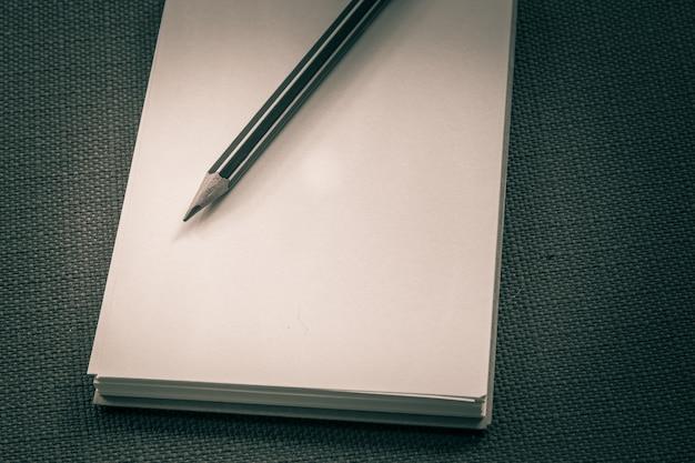 L'image d'un cahier ou d'un journal pour un arrière-plan