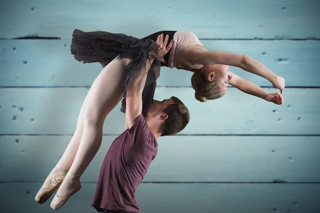 Image composite des partenaires de ballet dancing