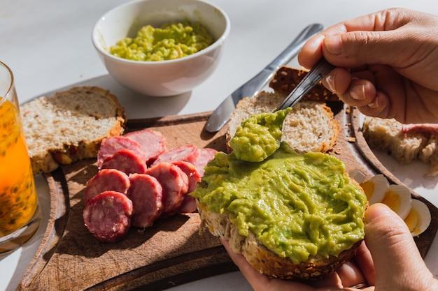 Image délicieuse d'un succulent petit-déjeuner latino-américain.