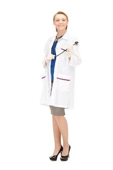 Image lumineuse d'une femme médecin séduisante