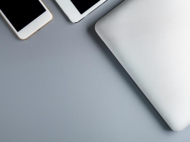 Image plate et minimaliste d'un ordinateur portable