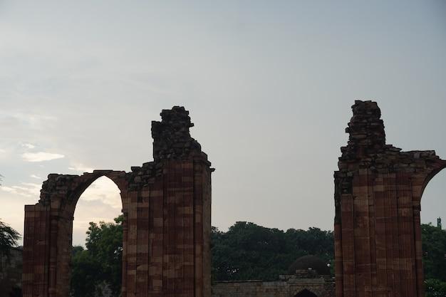 Image de porte de type ancien historique image de porte de type ancien historique