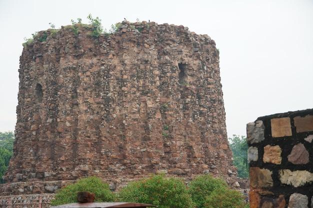 Image de la vieille structure historique indienne en plein air -bâtiments d'architecture ancienne