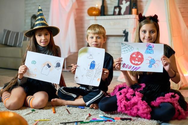Images drôles d'halloween d'enfants