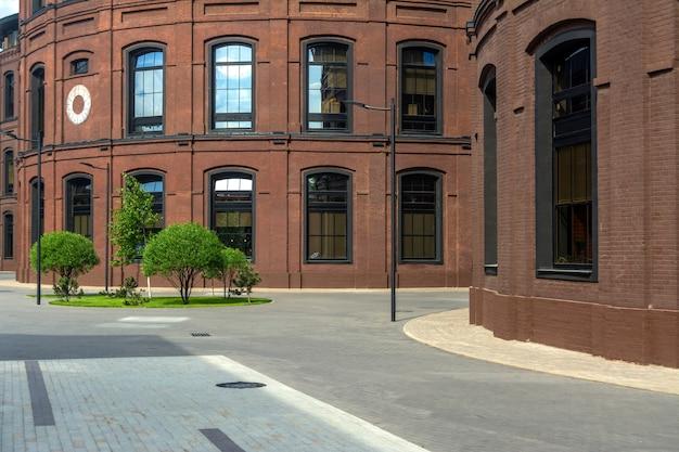 Immeubles de bureaux dans le vieux quartier industriel