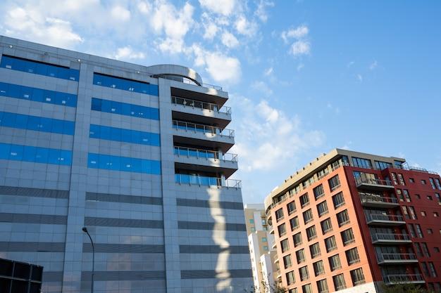 Immeubles de bureaux dans la ville